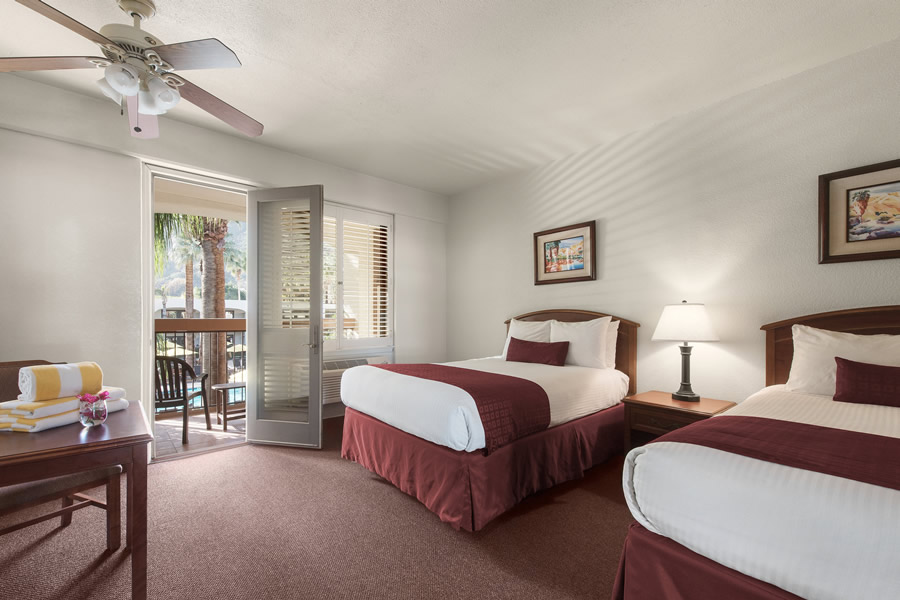 Palm Mountain guestroom